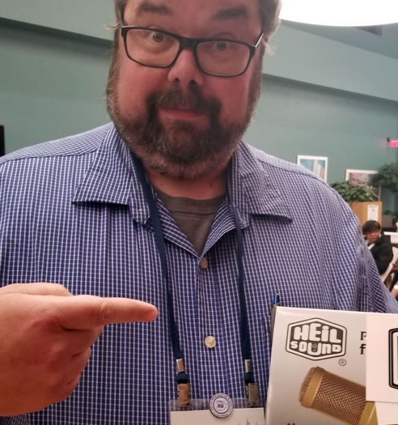 Kylebondo.com - Jon Thurmond wins Heil Sound PR40 at DC Podfest 2018